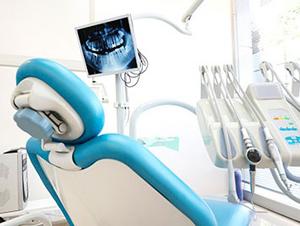 Лечение зубов по полису ОМС Москва